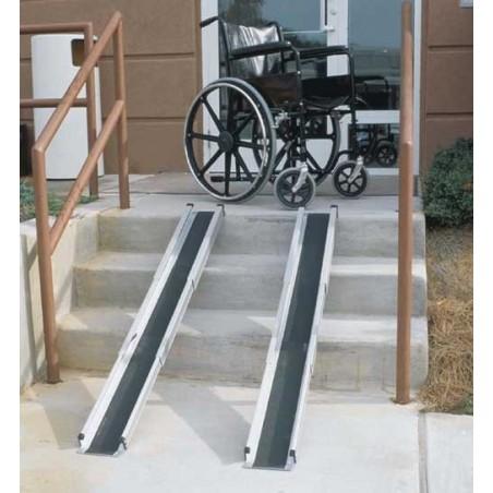 Ράμπες αναπηρικού αμαξιδίου -Βοηθήματα αμαξιδίων